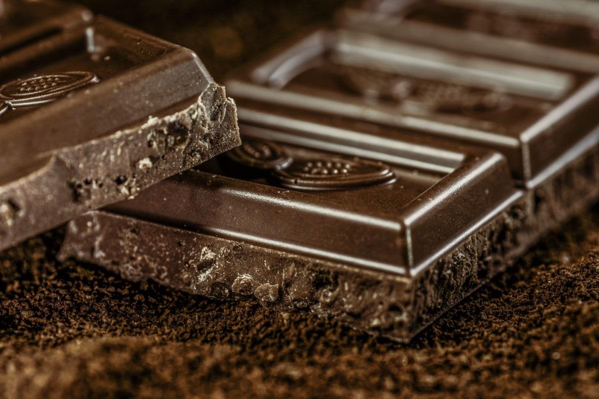 Můžu si dát kousek čokolády, když hubnu?