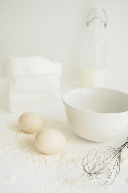 egg-2325943_640