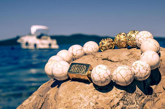 Kvalita korálkových náramků RINOR je bez kompromisů