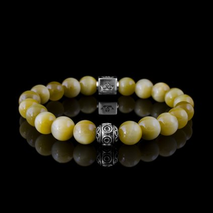 Woman honey tiger eye (1)