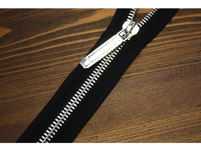 ČERNÝ dělitelný ZIP se stříbrným kovem, 70cm a 60 cm