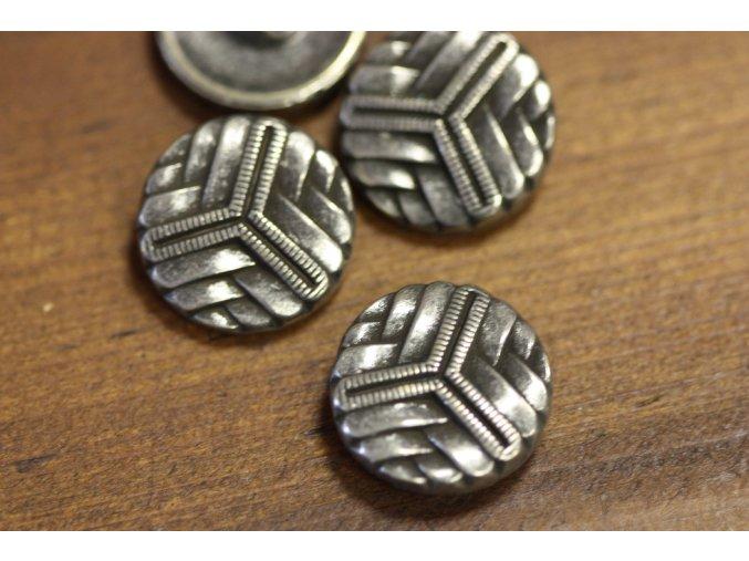 Stříbrný knoflík s geometrickým motivem, 22mm