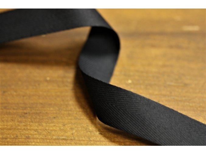 Černá bavlněná stuha 25mm
