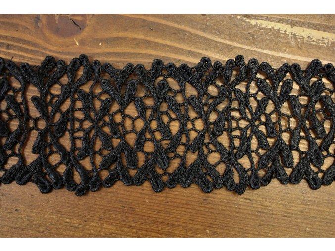 Černá metalická krajka design Valentino