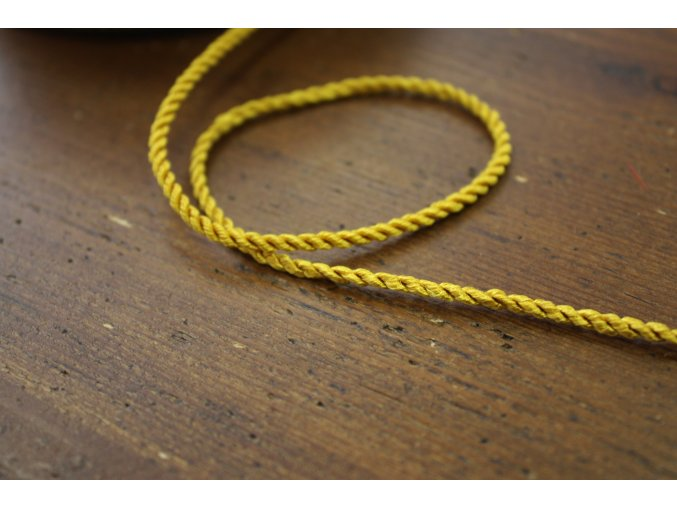 Kroucený provaz ve  zlaté barvě, 2,5mm