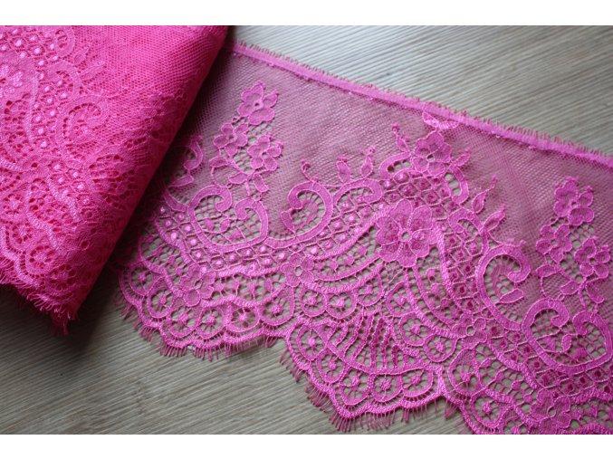 Výrazně růžová krajka, 17cm