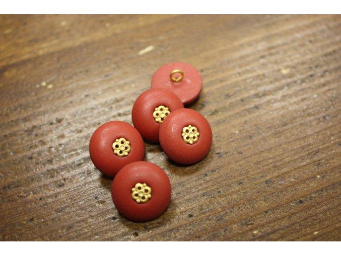 Červený knoflík se zlatým středem, 18mm