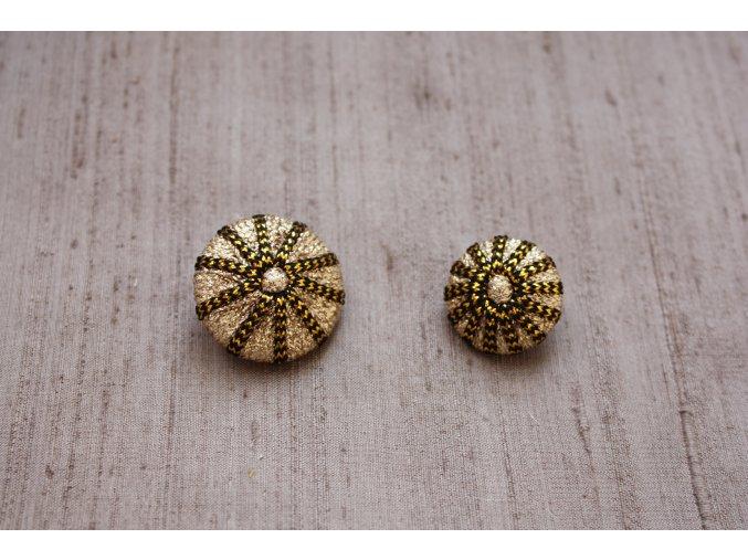 Zlatý knoflík, 20 mm a 25 mm