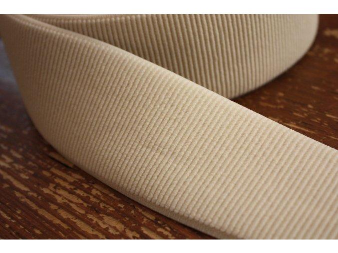 Smetanová široká žebrovaná guma, 60 mm