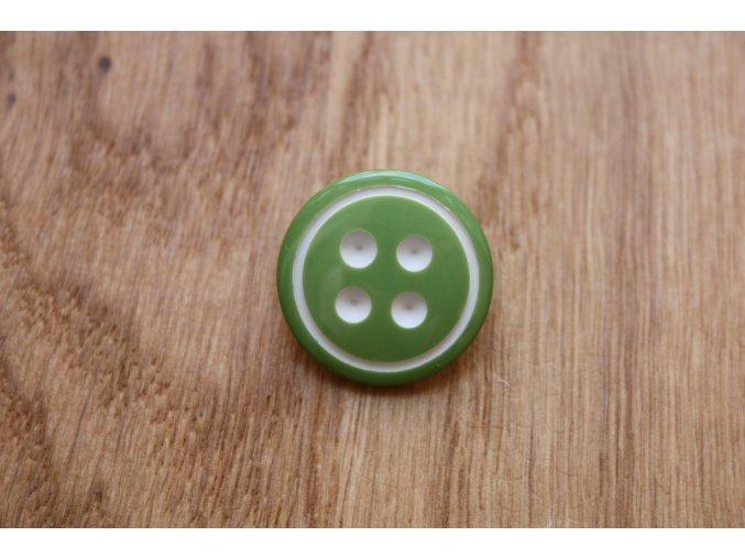 Světle zelený knoflík s ouškem
