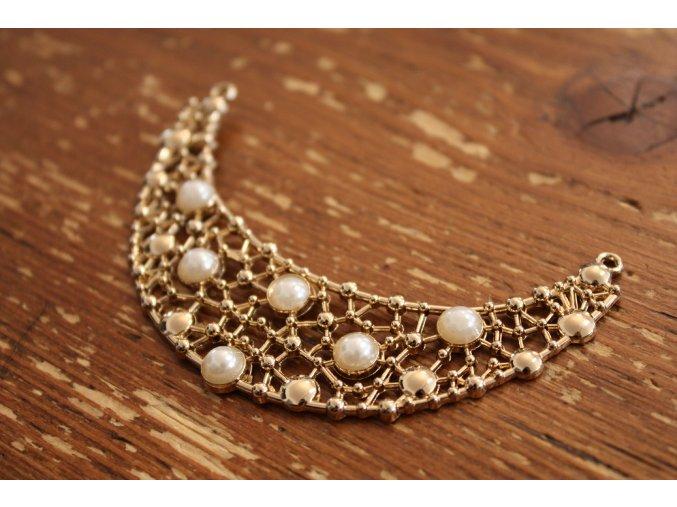 Kovová ozdoba pro výstřih s perly