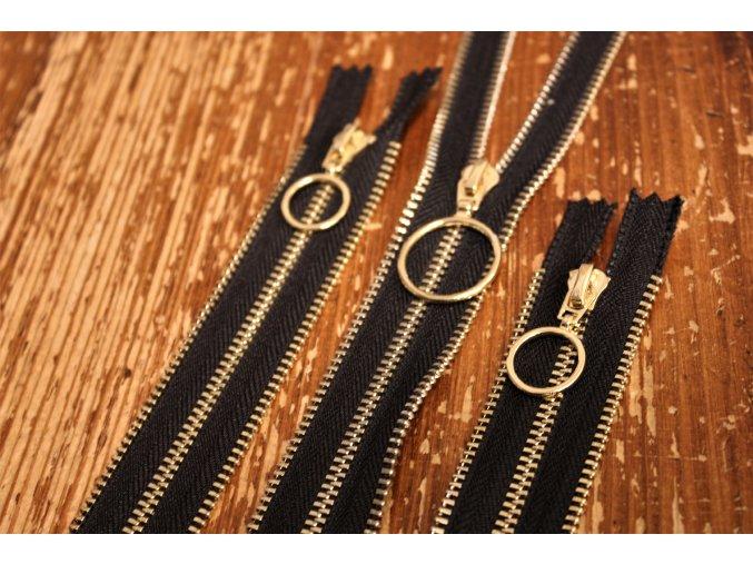 Černý zip s ozdobnou stuhou, 14cm, 25cm, 50cm, 60cm