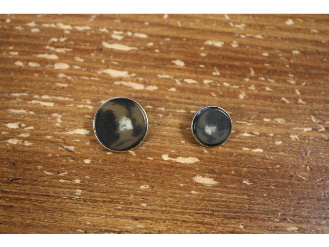 Knoflík s ouškem, 15 mm a 20 mm