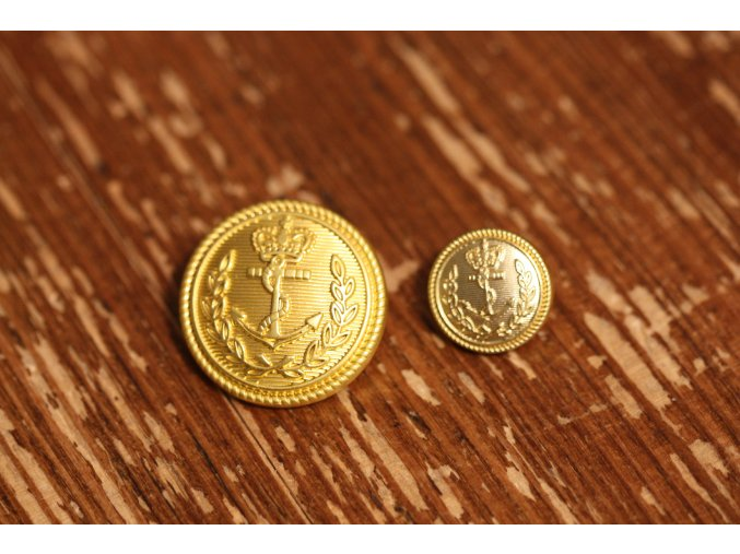 Zlatý knoflík s kotvou, 3 velikosti