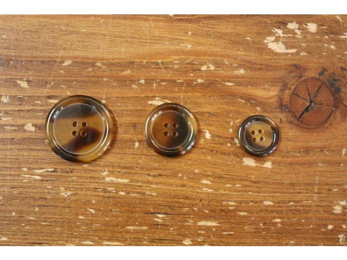 Klasický čtyřdírkový knoflík  burberry