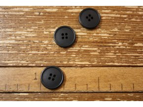 Černý matný knoflík, 20mm