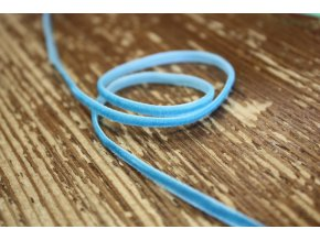 Světle modrá sametová stuha, 3mm