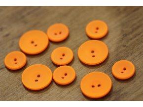 Matný oranžový dvoudírkový knoflík