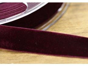 Vínová sametová guma, 22 mm