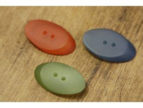 Dvoudírkový knoflík, velký ovál matný ve třech barvách