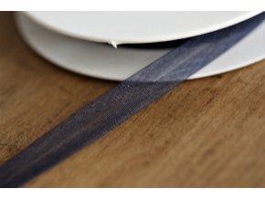 Tmavě modrý šikmý proužek z organzy, 14mm