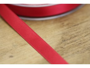 Cardinal  saténová stuha, 10 mm