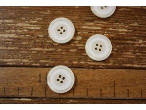 Smetanový knoflík, 20 mm