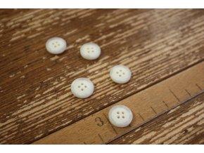 Smetanový matný knoflík z paroží,  15 mm