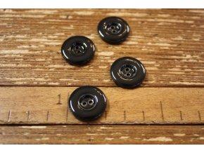 Dvoudírkový černý lesklý knoflík, 20 mm