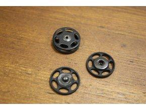 Kulaté pogumované patenty 17,8 mm