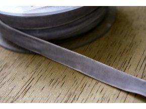 Světle šedá sametová guma, 9 mm