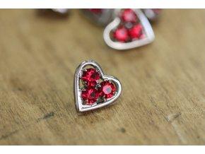 Růžový štrasový knoflík ve tvaru srdce