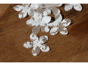 Bílé květiny z krajky, balení 10kusů