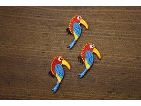 Drobná aplikace ve tvaru papoušku