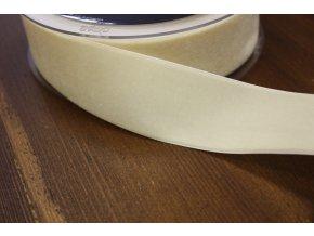 Smetanová sametová stuha, 38 mm