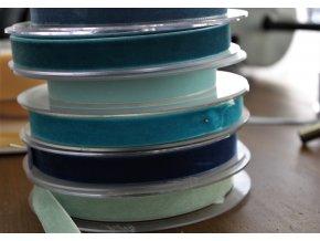 Sametová stuha v odstínech modré, 16mm