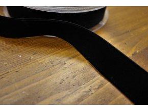 Černá sametová stuha, 25mm