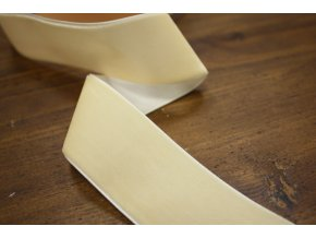 Vanilková sametová stuha, 38 mm