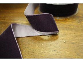 Tmavší fialová sametová stuha, 38 mm