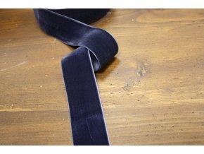 Tmavě modrá sametová stuha, 38 mm