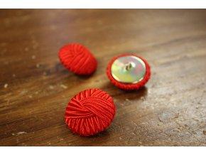 Červený knoflík, 26mm