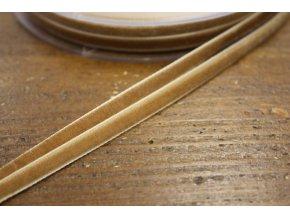 Béžová sametová stuha, 7 mm