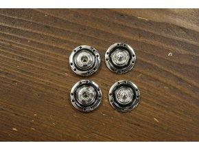 Stříbrné kovové patenty s černým středem, 18mm