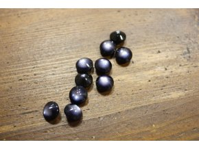 Tmavě modrý  knoflík s bílým středem, 10mm