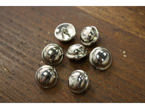 Stříbrný kovový knoflík,  16mm