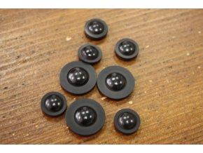 Černý  knoflík s lesklým středem, design Malloni
