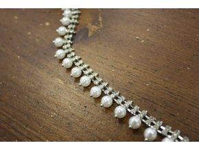 Ozdobná bordura s perly
