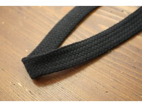 Černý plochý provaz, 22mm