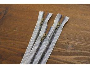Džínový zip s mosazným kovem, 18cm