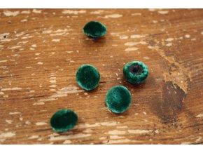 Smaragdový sametový knoflík